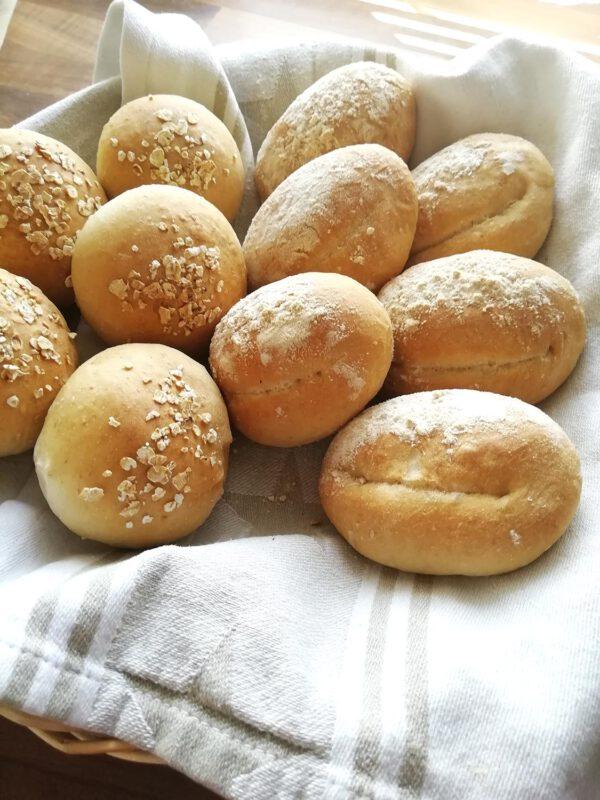 Leipää tilauksesta - Leipuri - Riikka Ahonen - Lahti